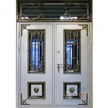 Парадная дверь дом