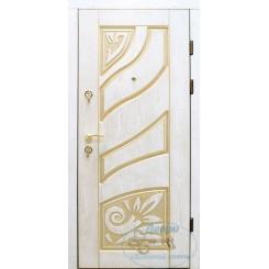 Входная дверь из массива МАС-21
