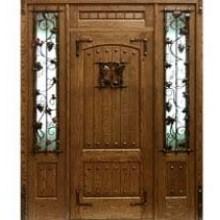 Парадная дверь из массива