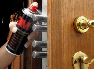 Советы, которые подскажут, как правильно ухаживать за вашей металлической дверью