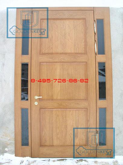 входная дверь со стеклом по бокам