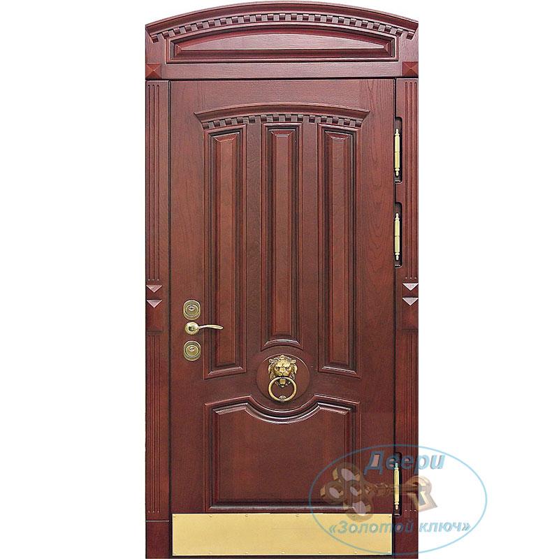 Парадная входная дверь из массива, с арочной фрамугой