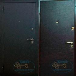 Входная дверь в офис МДО-16