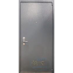 Входная дверь в квартиру UT-1