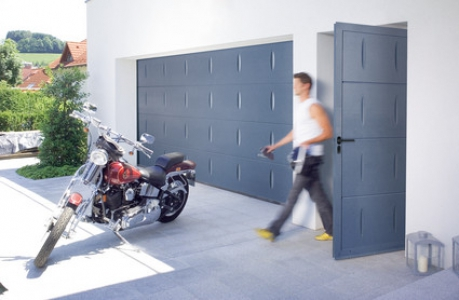 Входные двери для гаража